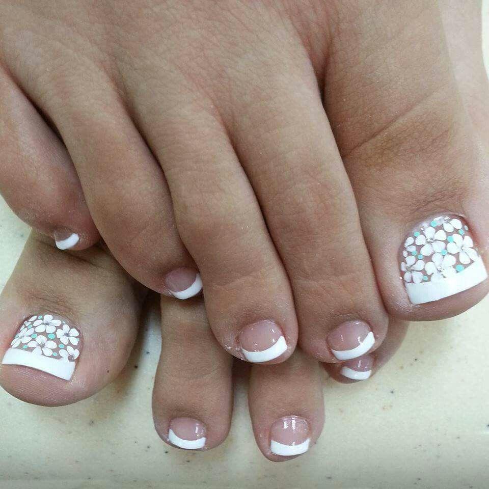 Fleek feet   Glam nails   Pinterest   Pedicure ideas, Pedicures and ...