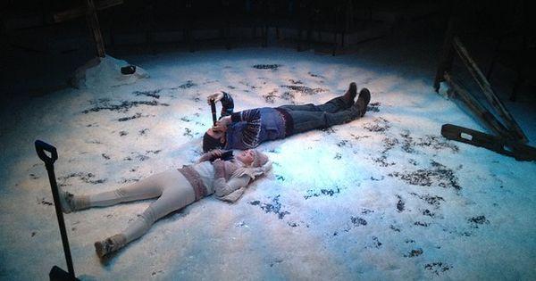 Floor installation - - Floor installation - shovel white sand lighting. --- #Theaterkompass #Theater #Theatre #Schauspiel #Tanztheater #Ballett #Oper #Musiktheater #Bühnenbau #Bühnenbild #Scénographie #Bühne #Stage #Set