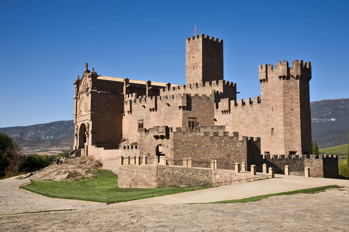 Los 65 castillos más bonitos de España