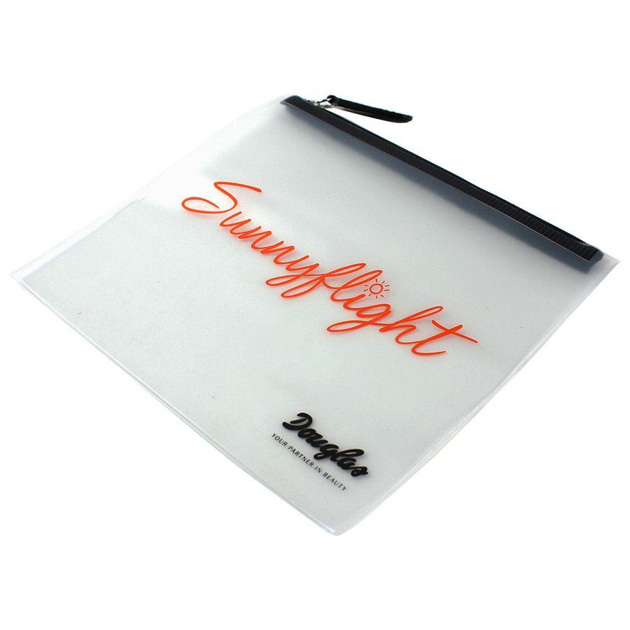 Sunnyflight Flight Bag stores your Cosmetics safely  #summer #festival #fever #douglas #coachella