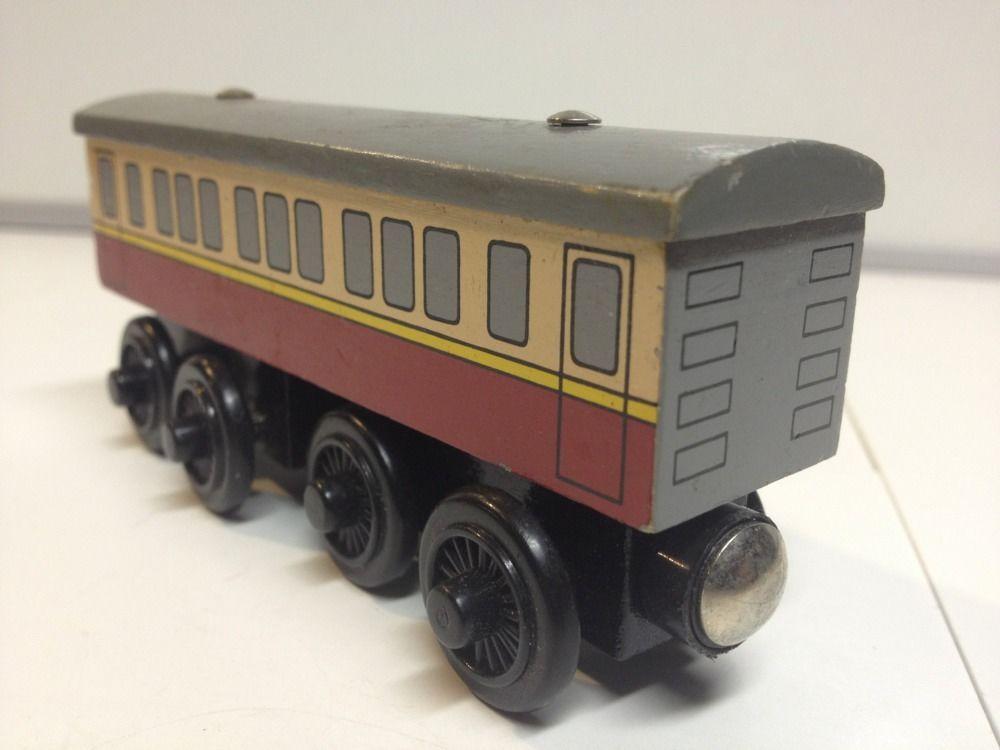 Thomas Friends Tank Engine Wooden Express Coach Train Guc Rare