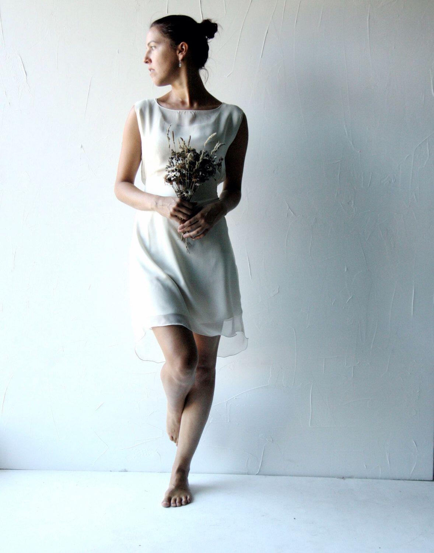 2cfba334cd1d Short wedding dress