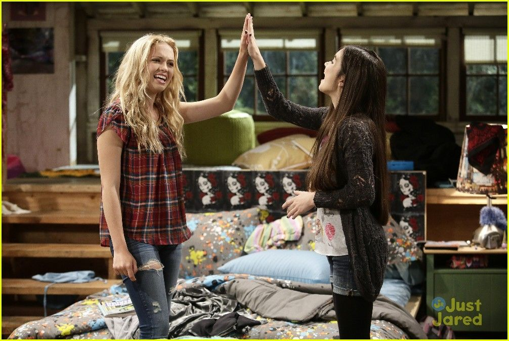Shelby Cyd Age Backwards On Tonight S Best Friends Whenever Best Friends Whenever Old Disney Channel Movies Landry Bender