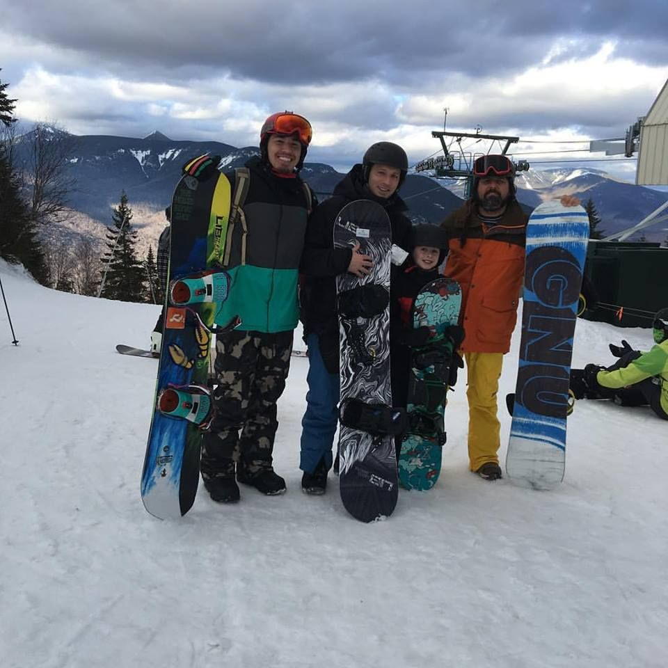 Snowboarding with Freddie and Ozzy at Loon Summit! What an