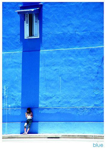 Google Image Result for http://cdnimg.visualizeus.com/thumbs/cb/b3/color,blue,girl,photo,photography,shadow-cbb39db840979a4e7227037c19ce152e_h.jpg