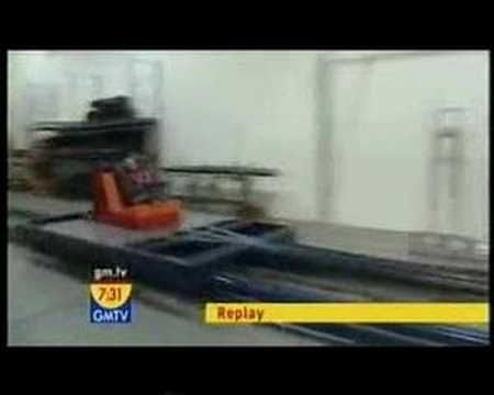 Why car seats expire - crash test dummy in a 10 year old car seat ...