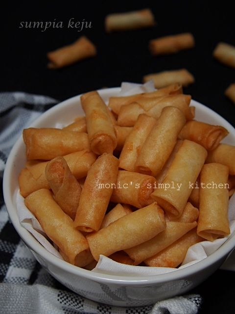 Sumpia Keju Monic S Simply Kitchen Cemilan Ide Makanan Makanan Dan Minuman