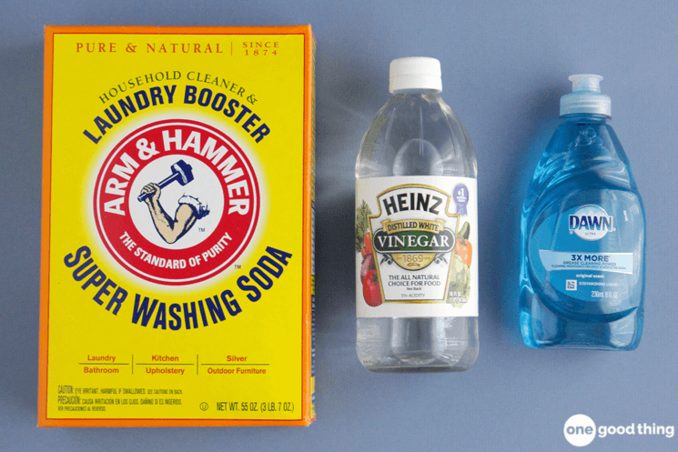 How To Make A Simple Floor Cleaner That Cuts The Grease