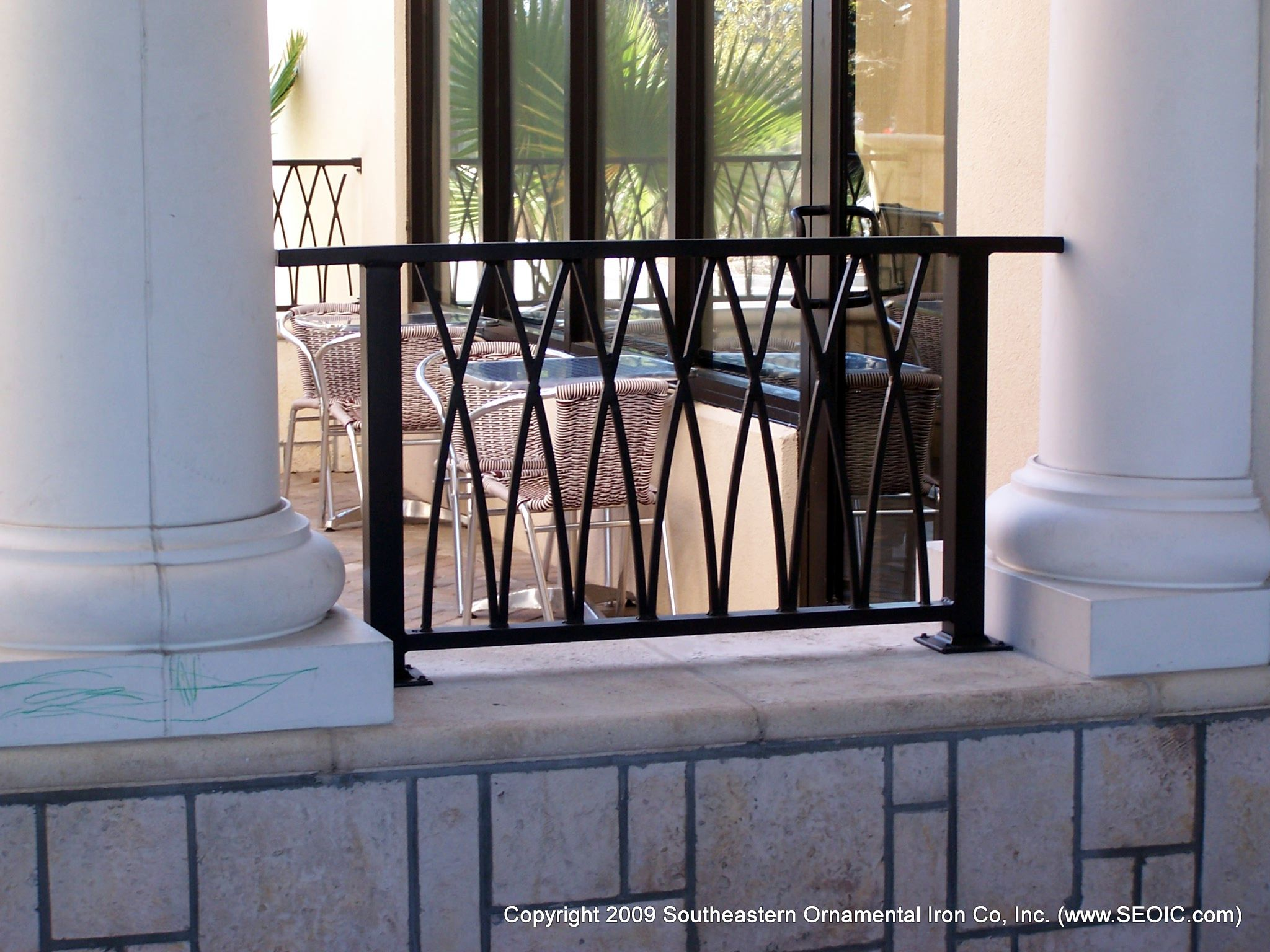 Best Commercial Railing Decorative Art Deco Glass Handicap Fdot 640 x 480
