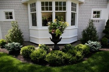 Bay Window Landscape Design Ideas Pictures Remodel And Decor Bay Window Exterior Bay Window Bay Window Design