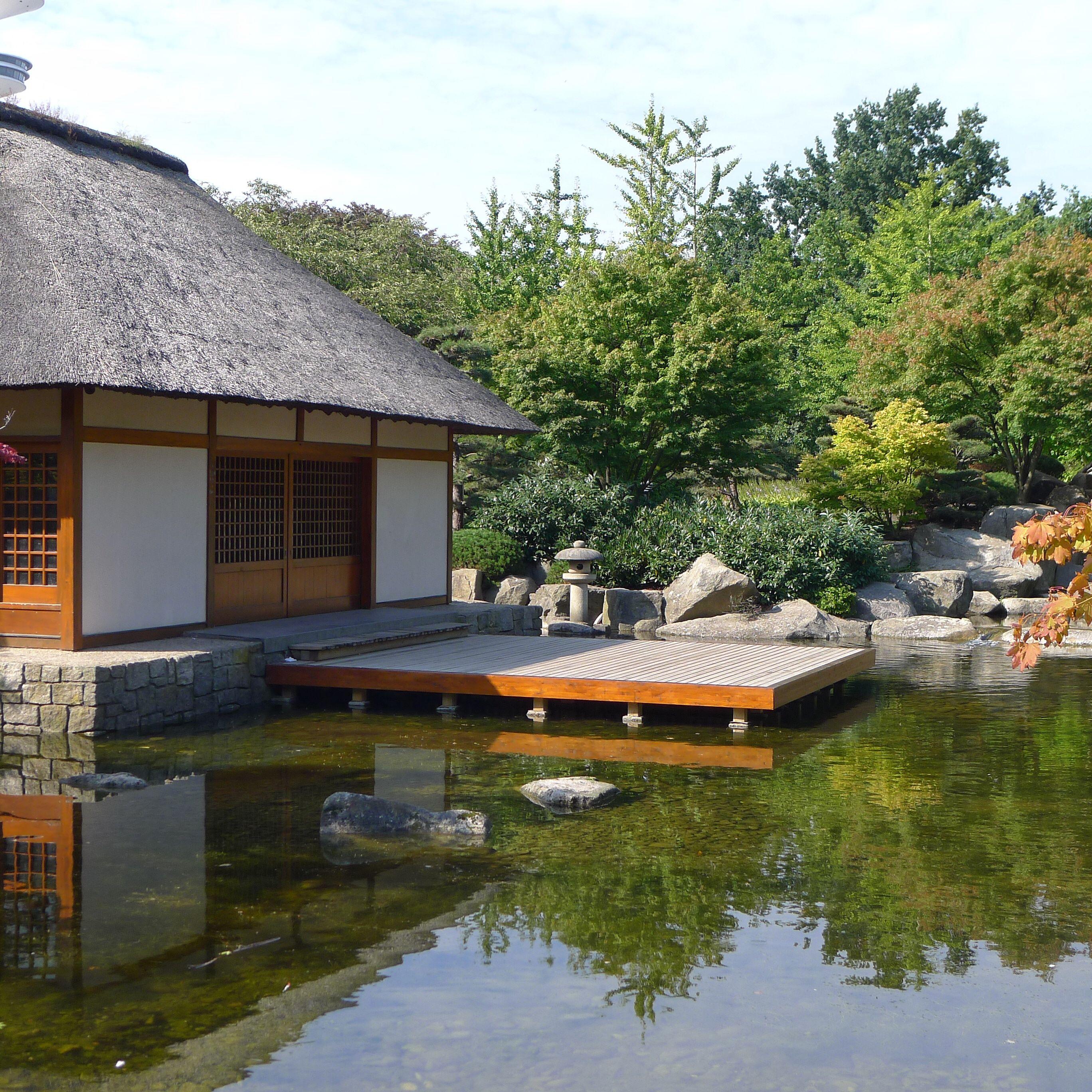 Hamburg Deutschland Japanischer Garten Mit Teehaus In Planten Un Blomen Teehaus Hamburg Deutschland Japanischer Garten