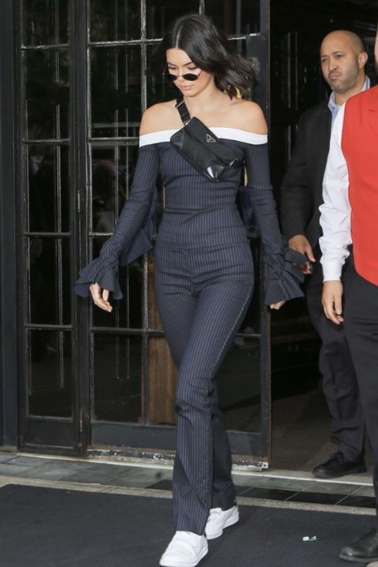 4286a1ed7d6a Kendall Jenner in a Prada fannypack | Icons in 2019 | Kendall jenner ...