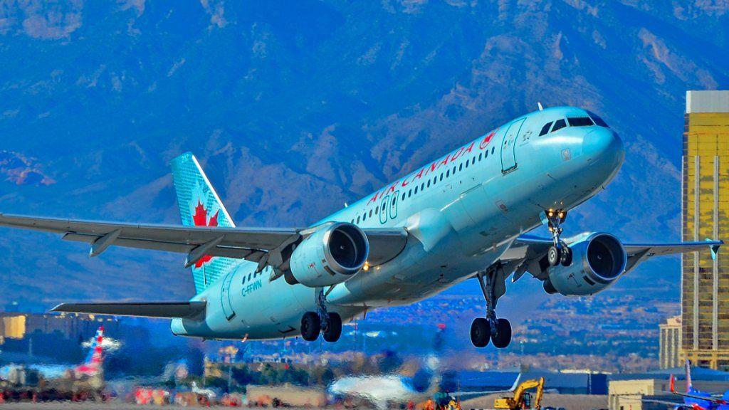 Naija News Agency 🇳🇬 on Aviation, Airplane landing, Air
