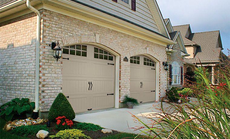 Raised Carriage Panel Garage Door Garage doors, Garage
