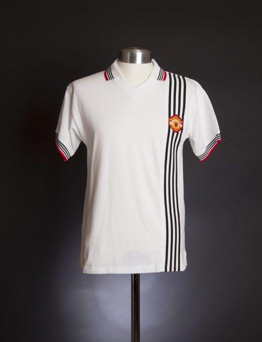 37 Jerseys Ideas Manchester United Football Manchester United Football Club Manchester United