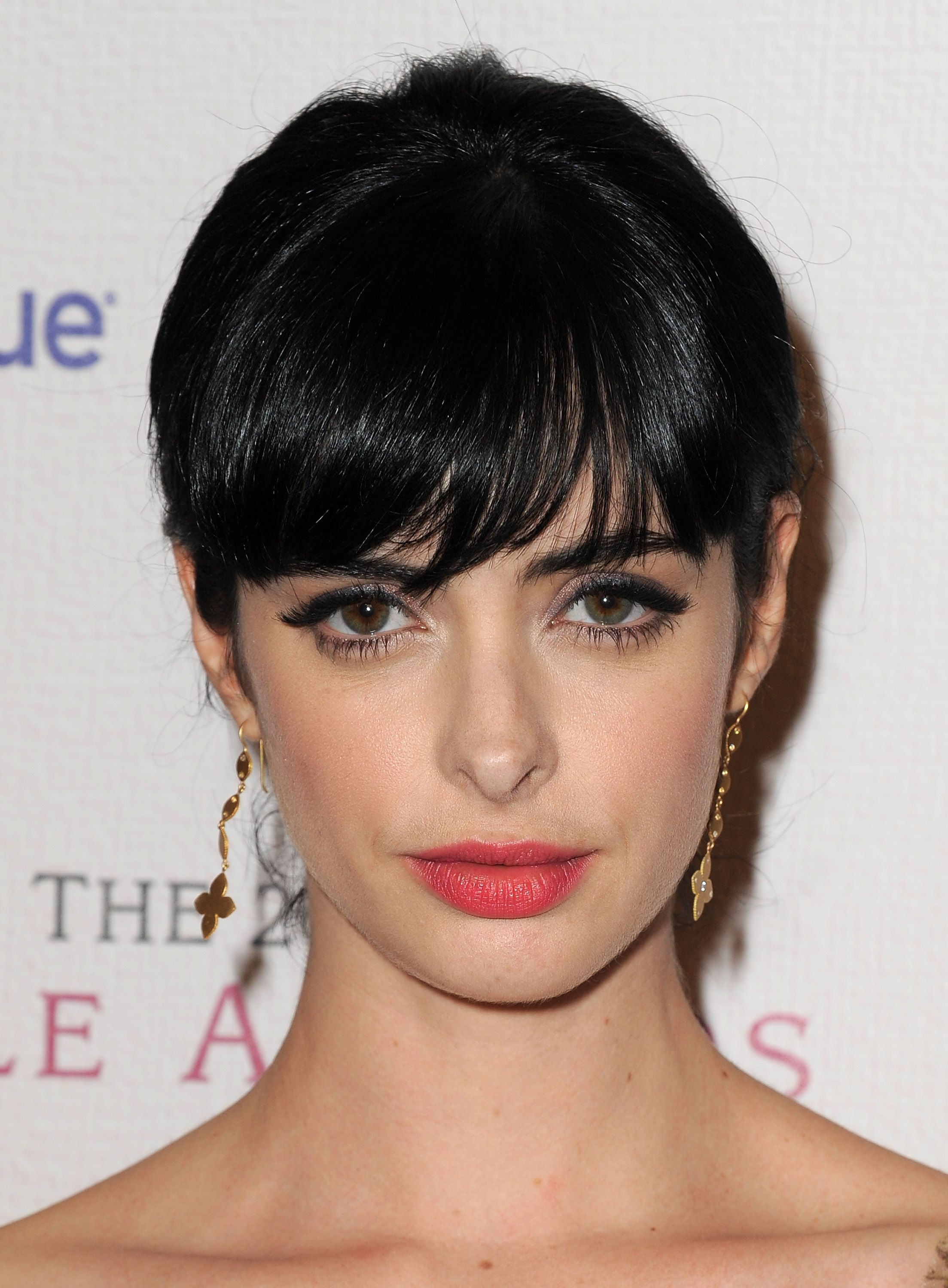 krysten ritter bangs and lipstick steal that style pinterest