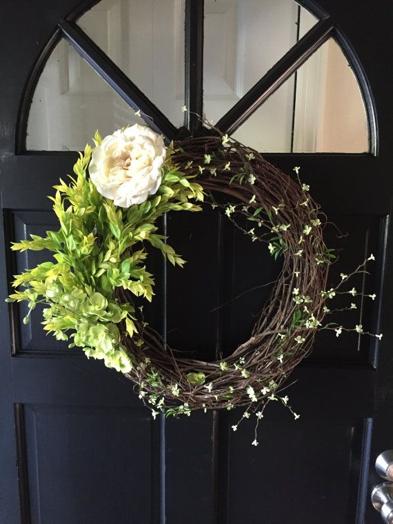 Spring/Summer Door Wreath by ThePersnicketyLady on Etsy