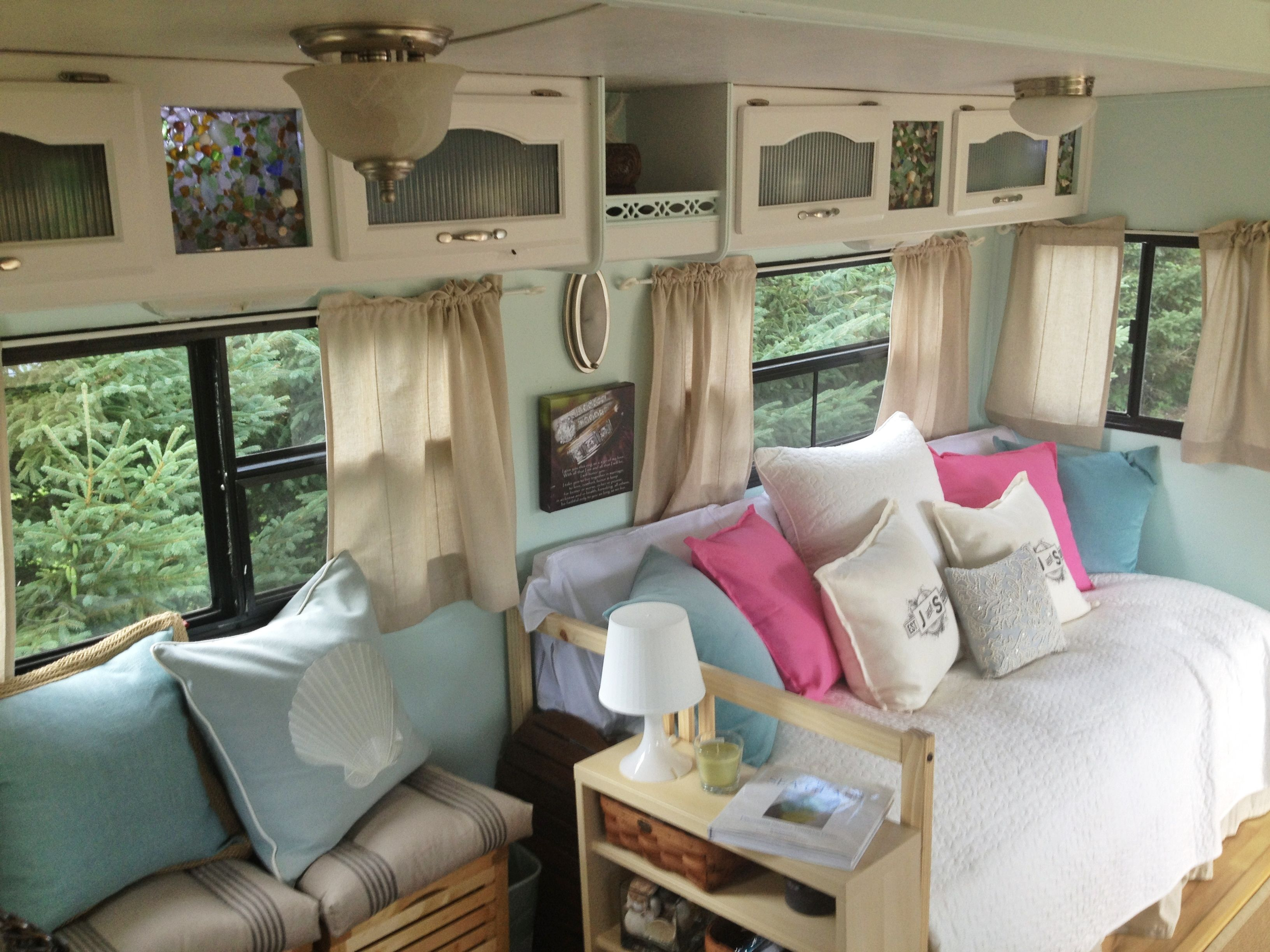 Modern rv interiors - I Absolutely Love This Remodel My Camper Will Look Like This