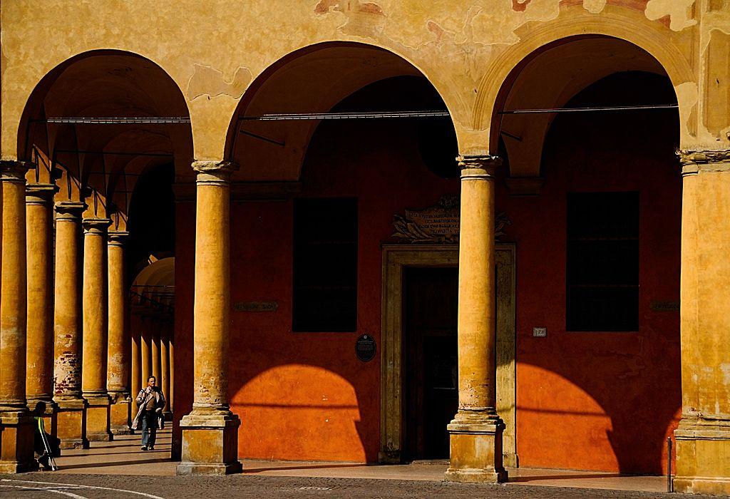 Bologna, via Galliera