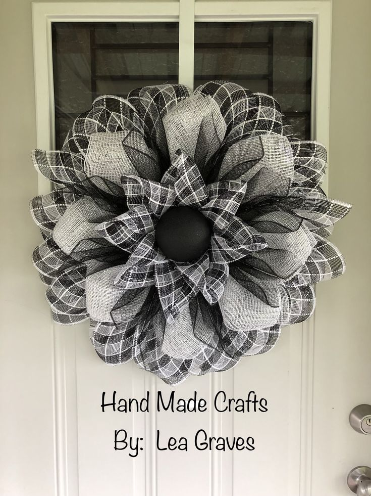 Photo of Custom wreaths and craft items by HandmadecraftsbyLea