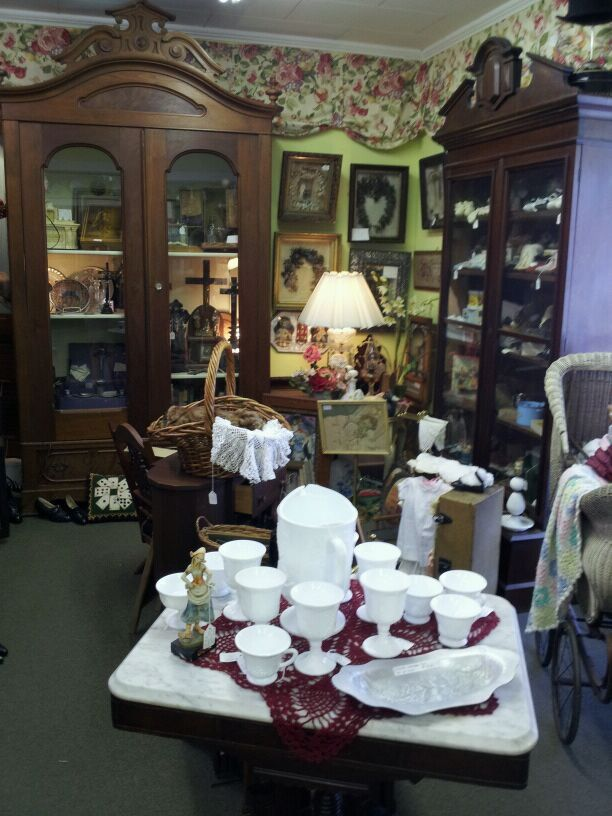 You Can Find Amazing Antiques At These 10 Places In Louisiana