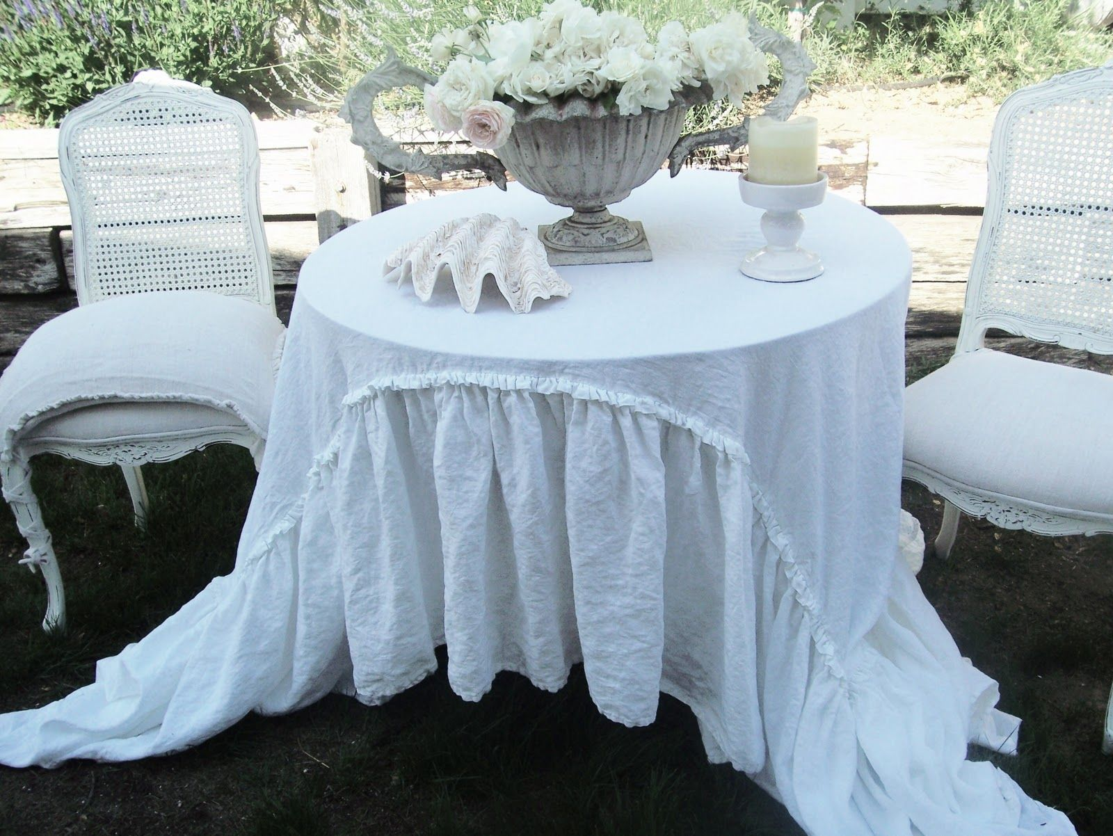 Captivating Tablecloth | Belgian Linen Ruffle Tablecloth.