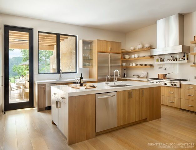 Contemporary Kitchen Design With Blonde Wood Cabinets Stainless Steel Appliances And Large Kitchen Cabinet Design Contemporary Kitchen Design Stylish Kitchen