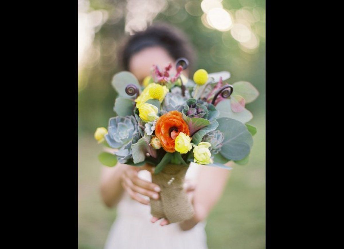 How To Get Gorgeous Wedding Flowers For A Steal All Things Wedding