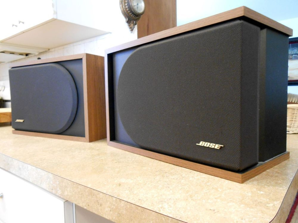 Vintage Bose 22 Series II Direct Reflecting Bookshelf Speakers Year Made 1992