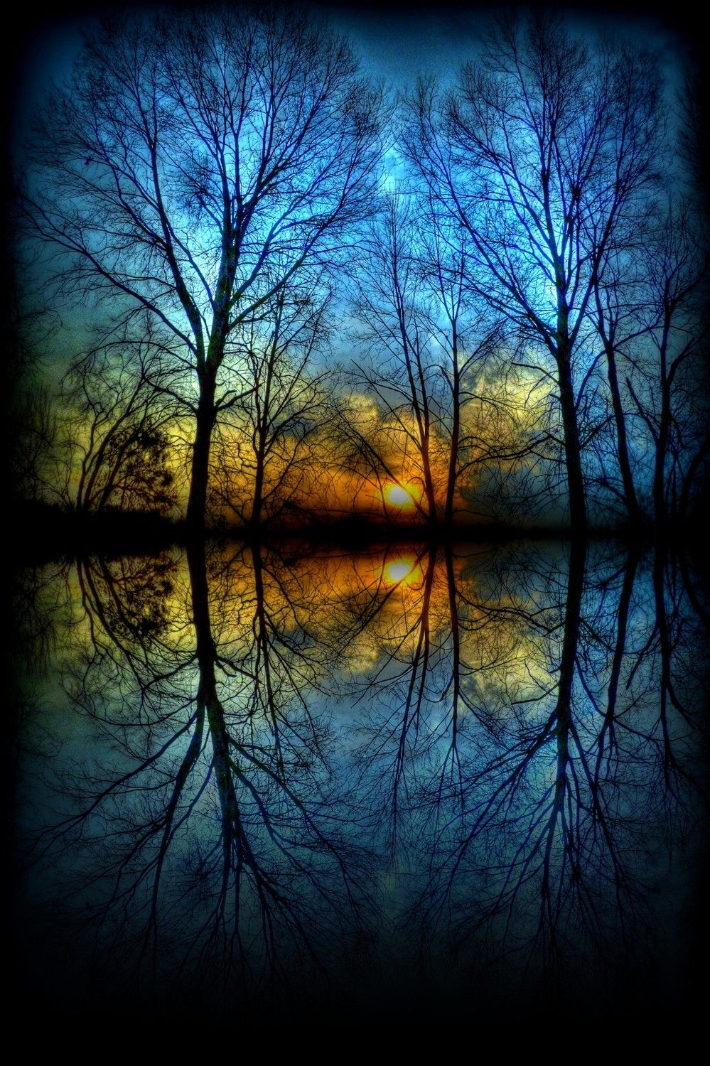 Love Natures Beauty. Reflection In Water Everyday Sunset Much
