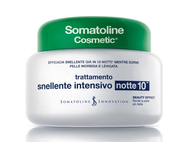 Trattamento Snellente Intensivo Notte10 di Somatoline cosmetic (400 ml, 51,50 euro).
