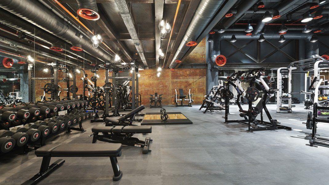 Mooi sports clubbing istanbul turkey gym