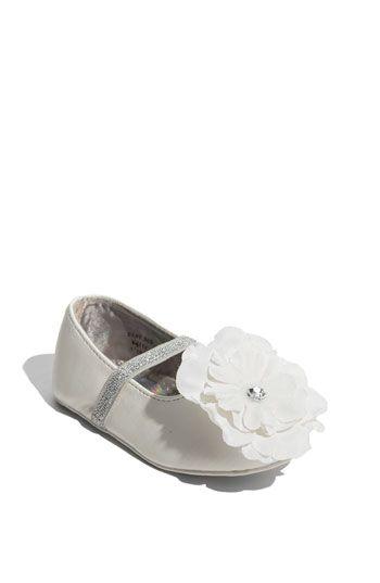 Stuart Weitzman 'Baby Bud' Crib Shoe