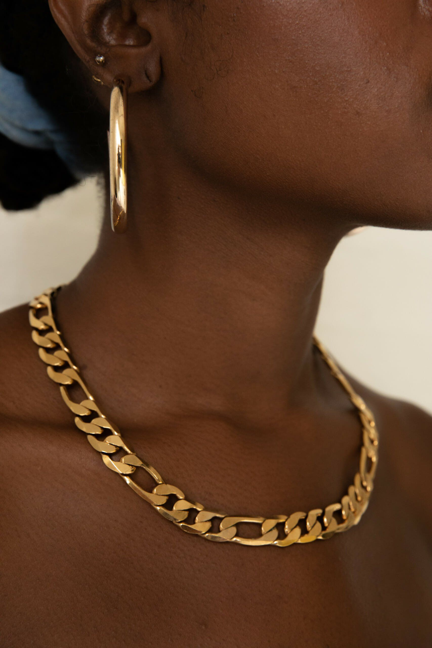 14 Gold Chain Necklaces To Consider When Getting Dressed Gold Chain Necklace Chain Chains Necklace