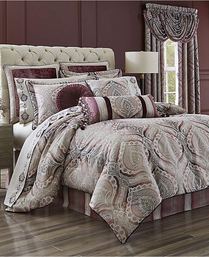 J Queen New York Gianna Quartz 4Pc. Queen Comforter Set