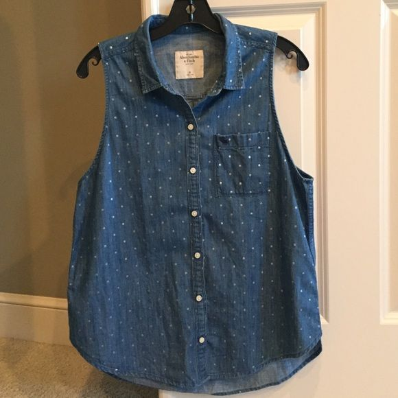 Abercrombie Jean Top Good condition Abercrombie & Fitch Tops Button Down Shirts