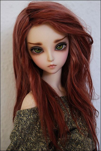 Ball jointed doll, love the faceup on her, her eyebrows have so much expression! Dollspiration, bjd girl, red wig