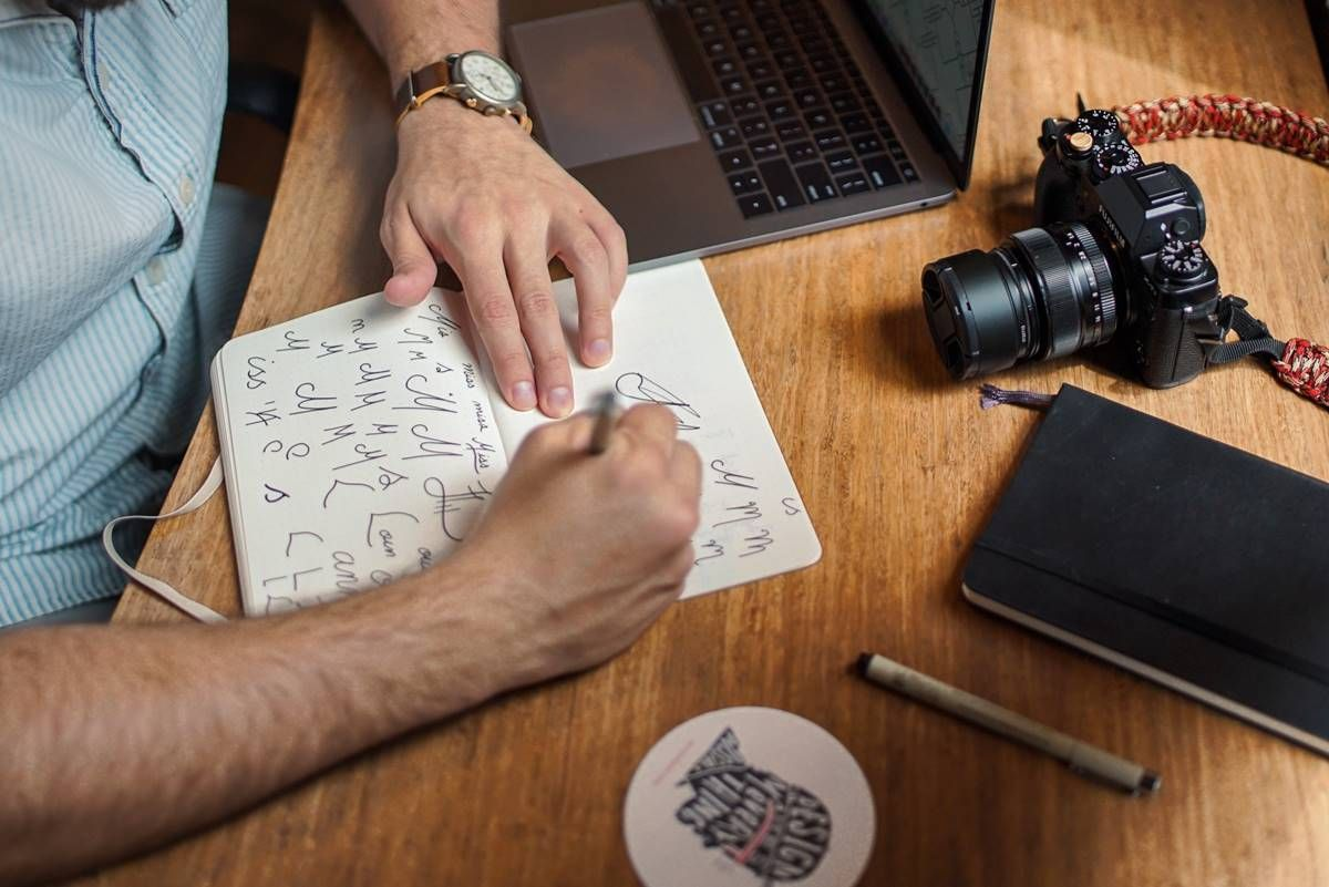 Psychology That Goes into Logo Designing Process Hobbies