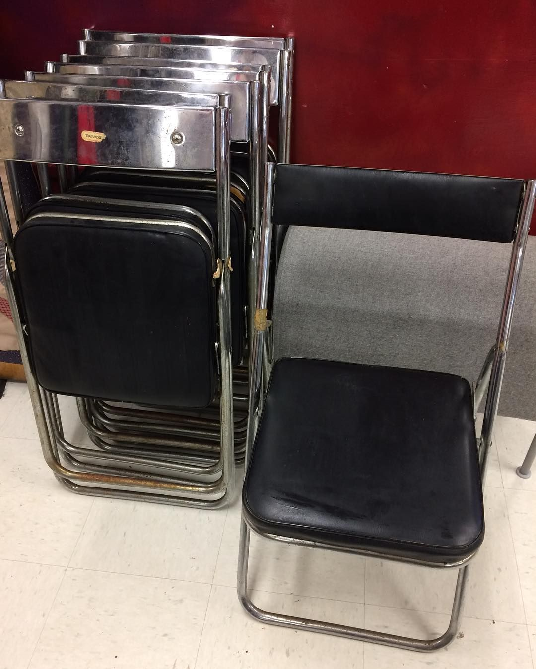 Awesome 8 Vintage Nevco Folding Chairs For Only 15 With Original Onthecornerstone Fun Painted Chair Ideas Images Onthecornerstoneorg