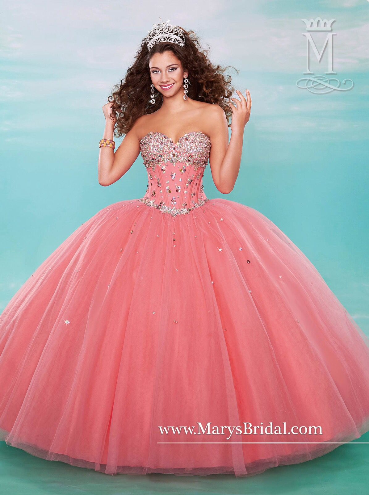 Light peach or light pink or coral | Quinceanera | Pinterest