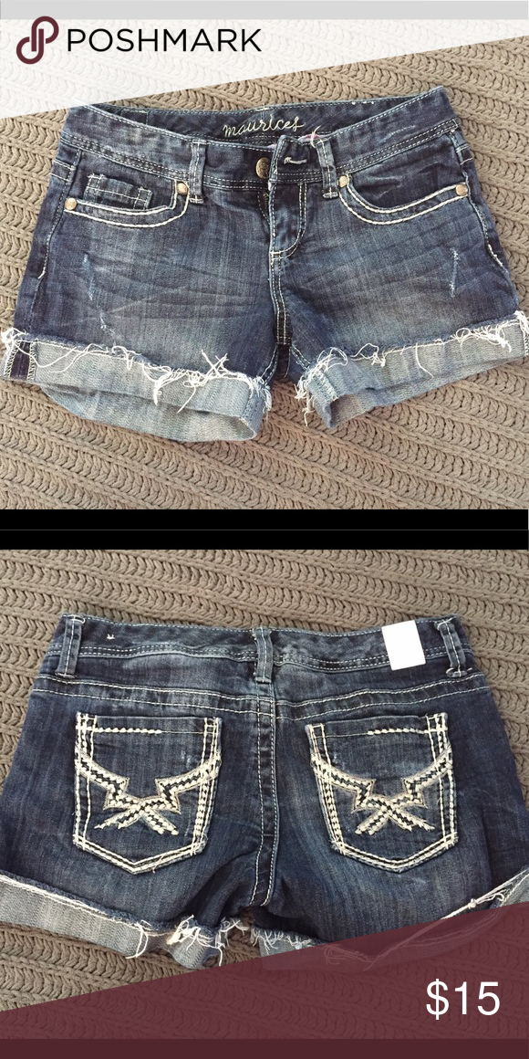 Maurice's jean shorts Never worn 3/4 Maurices Shorts Jean Shorts