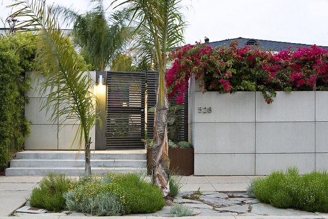 Minerit Hd Fence Fence Design Backyard Fences Modern Farmhouse Exterior