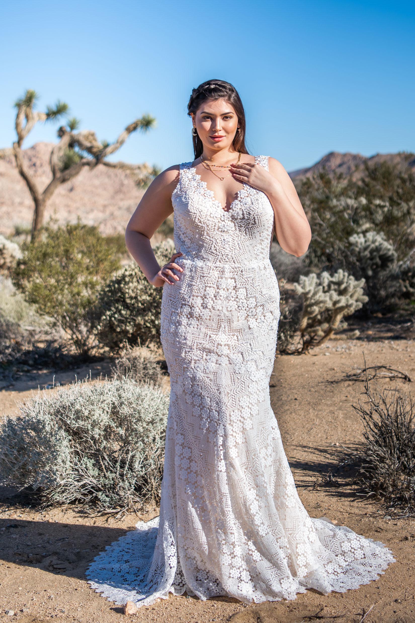 Callie Bridal Chic Nostalgia Bohemian And Romantic Wedding Dresses Wedding Dresses Wedding Dresses Plus Size Wedding Dresses Romantic [ 2475 x 1650 Pixel ]
