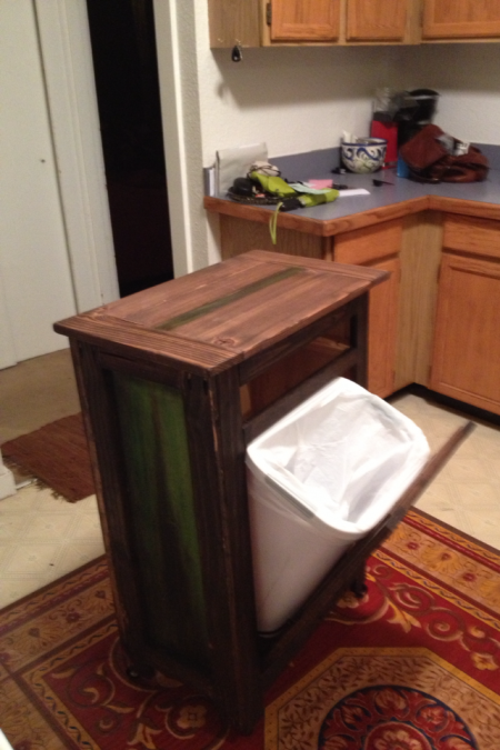 Rolling kitchen island with tilt trashcan and holy cutting board rolling kitchen island with tilt trashcan and holy cutting board diy projects solutioingenieria Gallery