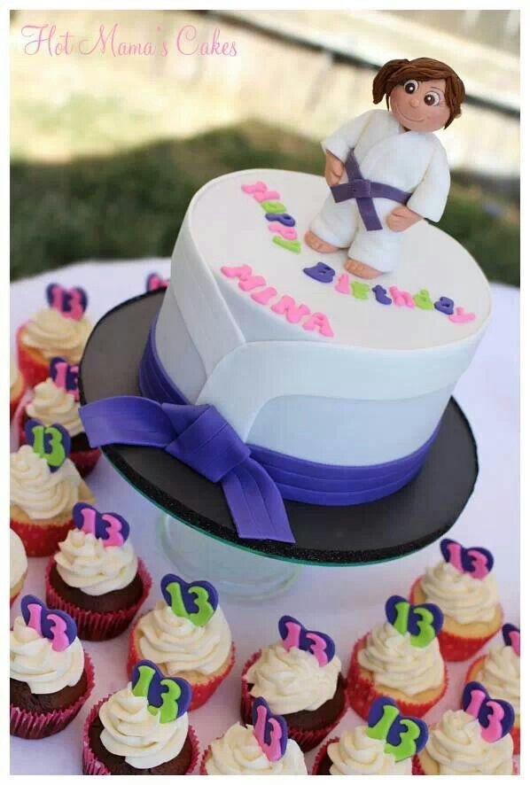 Karate cake and cupcakes For Karate Kids Only Karate Party Ideas