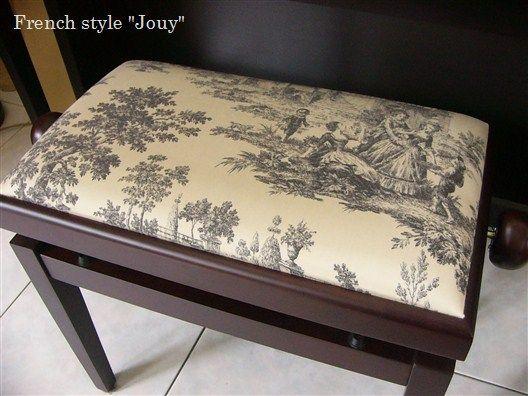 chaise de piano tissu jacquard toile de jouy tolbiac. Black Bedroom Furniture Sets. Home Design Ideas