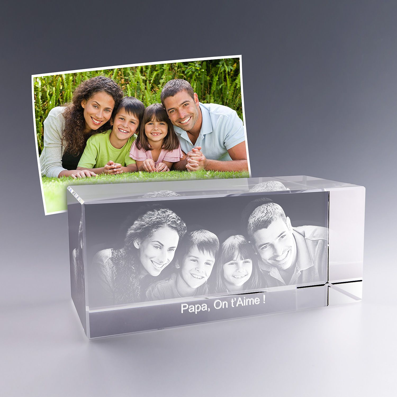 Epingle Par Zephyr 3d Sur Bloc En Verre Horizontal Gravure 3d Personnalisable Verre Optique Photo Famille Photos