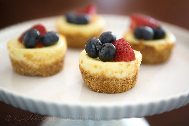 Patriotic Mini Cheesecakes by t.sullivan photography, via Flickr - Thinking about making them this Weds! mmmm