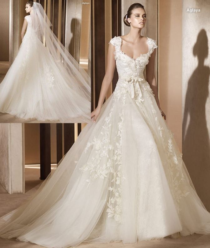 Sweat-Heart Neckline Sleeves Tulles With Big Train Wedding Gown (Z ...