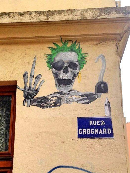 bigbenstreetart -  punk not dead 2